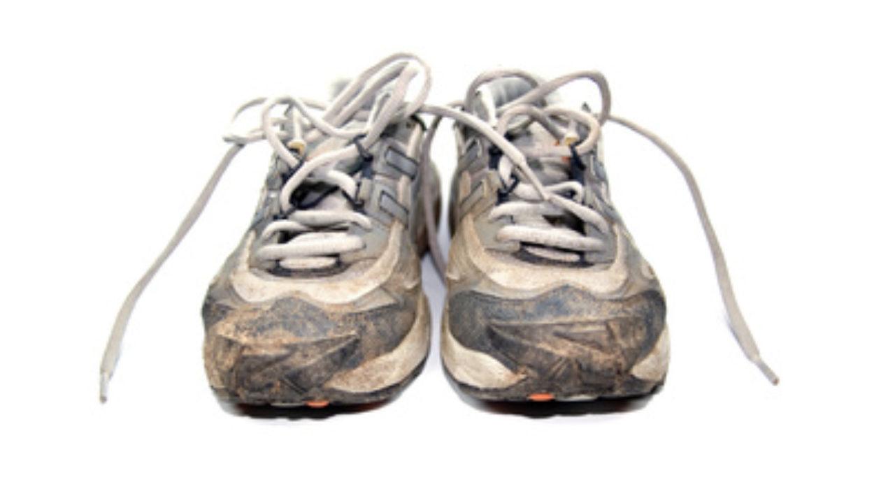 Laufschuhe, Joggingschuhe reinigen ☆ Aber wie mach ich das