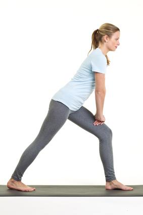 Dehnübung für die äußere und innere Wadenmuskelatur