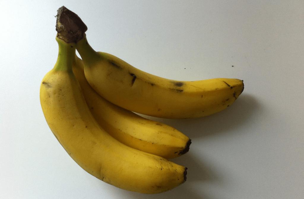 Drei Bananen