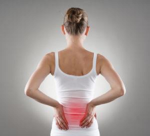 Rückenschmerzen: falsche Lauftechnik oder schlechte Laufschuhe können der Grund sein