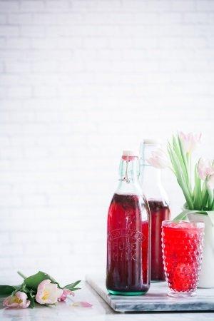 Alternative zu Wasser und definitiv keine Kalorienbombe: selbstgemachter Eistee