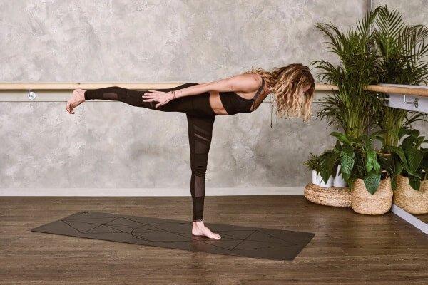 yoga-und-joggen-yogaübung-krieger